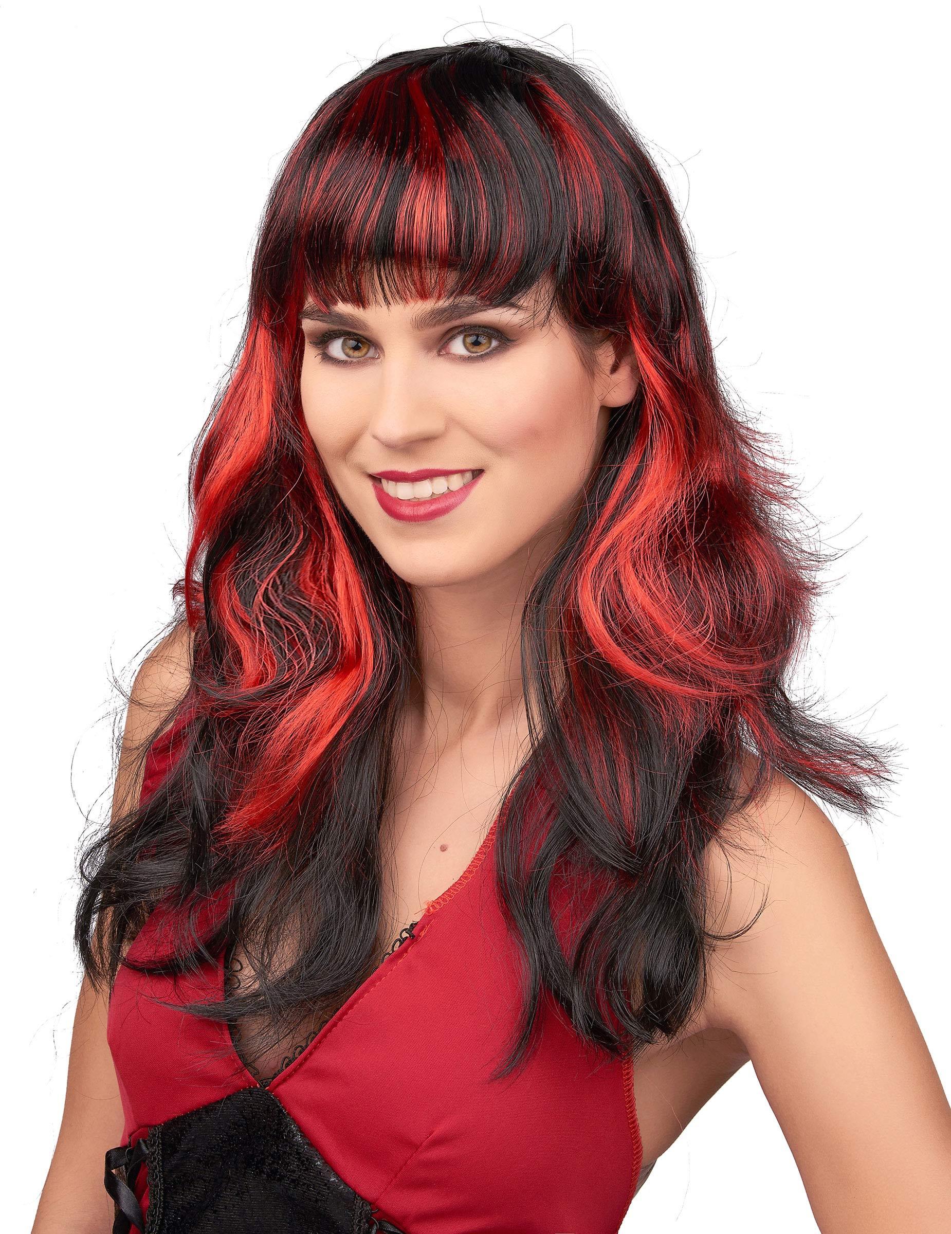 röda slingor i mörkt hår