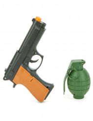 Kit, pistol och granat