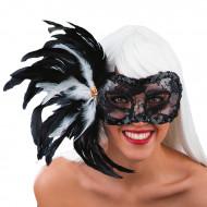 Mask med spets och fjädrar