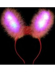 Rosa kaninöron med LED-lampor
