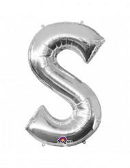 Silverfärgad jätteballong i form av bokstaven S
