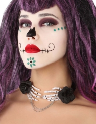 Halsband med skeletthänder och svarta rosor