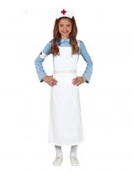 Sjuksköterska i retrostil barndräkt