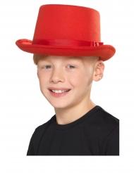 Formad röd barnhatt
